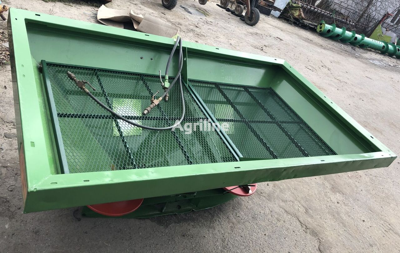 AMAZONE ZA-U 1001 mounted fertilizer spreader