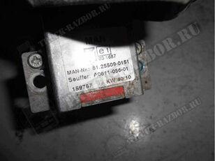 MAN переключатель подрулевой (круиз контроля) (81255090151) dashboard for MAN tractor unit