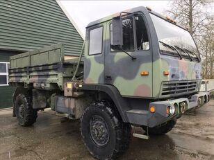 STEYR M1078 LMTV flatbed truck