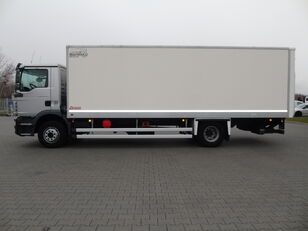 MAN TGM 15.250 KONTENER ŁAD.7.600kg WINDA isothermal truck